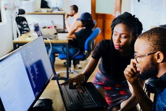 Formare gli incubatori di impresa per sostenere le idee imprenditoriali dei migranti